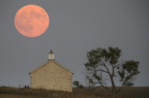 Near Strong City, Kansas, USA. Photograph: Travis Heying/AP